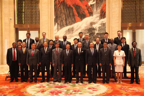中国世界和平基金会《驻华使节赣州行》