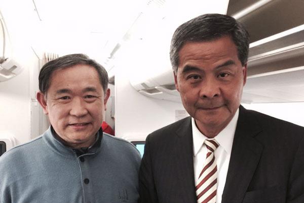 李若弘主席与香港特首梁振英交谈:支持两地青年与科技的交流