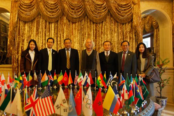 韩国艺术家银行家访问北京国际和平文化基金会