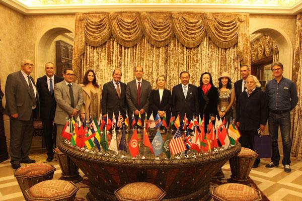 突尼斯旅游部长携导演演员举办和苑电影招待会
