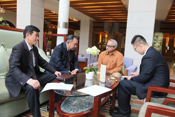 李若弘会见巴基斯坦投资委员会秘书长