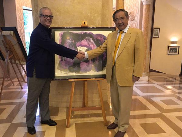 摩洛哥王国驻华大使馆特命全权大使贾法尔·阿尔热·哈基姆来访和苑离任道别