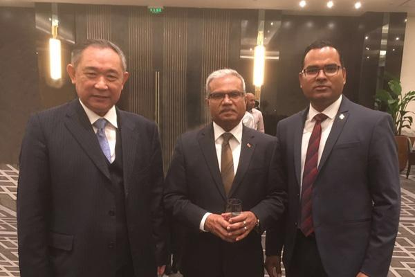 马尔代夫共和国外交部长会见李若弘博士