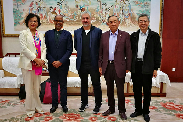 李若弘文博会与联合国教科文代表合作支持甘肃