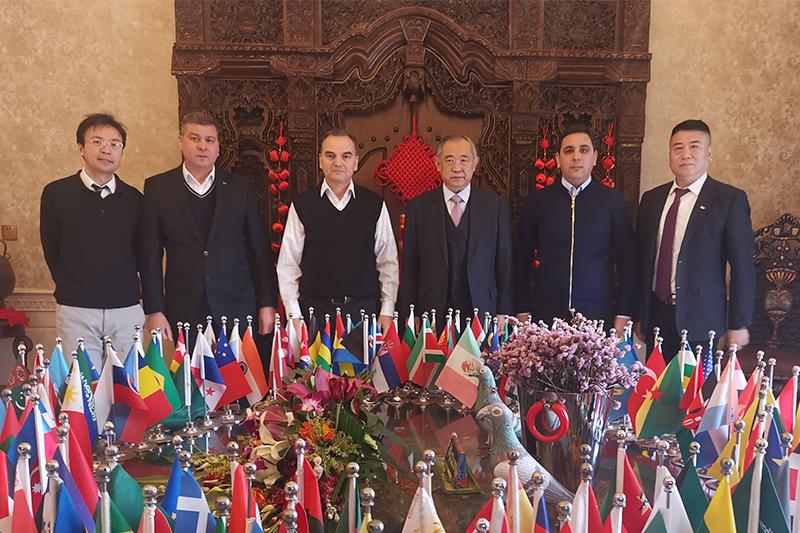 土库曼斯坦驻华大使访问和苑进行中亚和平会谈