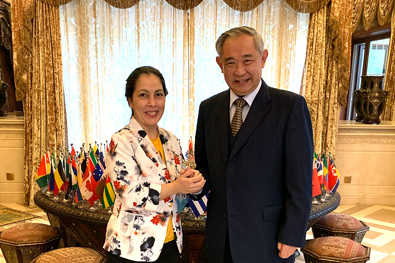 Li and Minister of Cuban Embassy in China held working talks on cooperation projects between the two countries